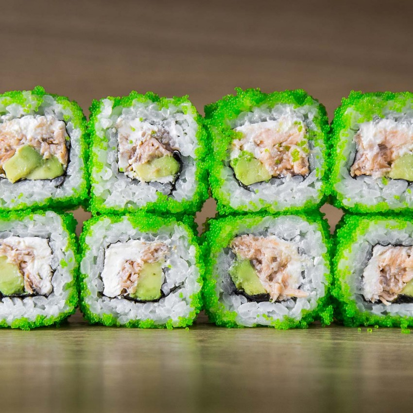 Furaido Sake Avokado Maki